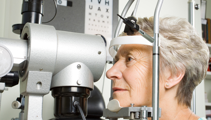 Eye test checking for dementia