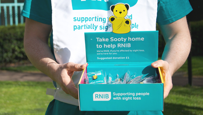 Volunteer with RNIB and help support people living with sight loss