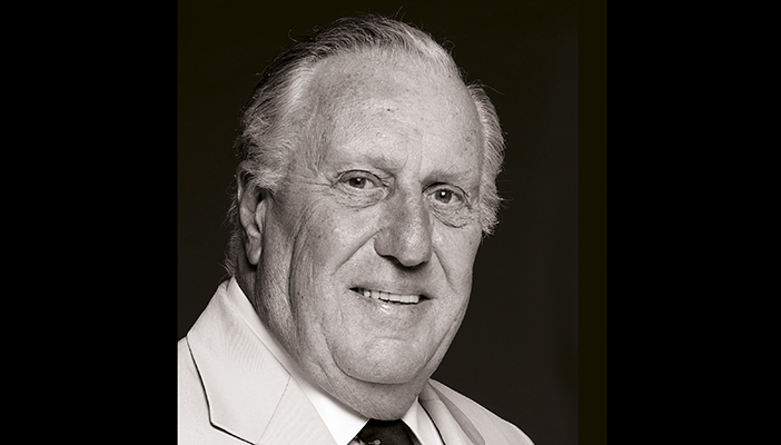 Photo portrait of Frederick Forsyth by John Swannell
