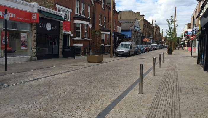 Shared space rnib supporting people with sight loss for Shared space design