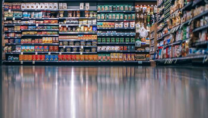 Photo of an isle in a supermarket
