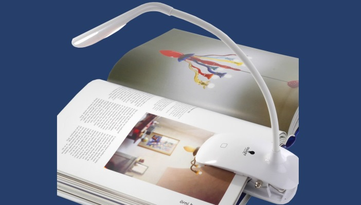 Daylight™ smart clip-on book light
