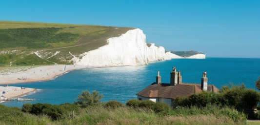 Image shows the Seven Sisters Cliffs